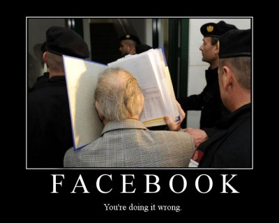 demotivatingfacebook 400x320 Diaspora   Your Digital Identity Under Your Control, The End of Facebook?